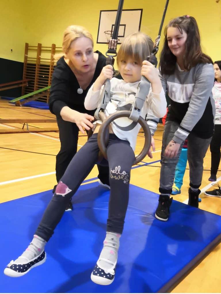 děti v tělocvičně