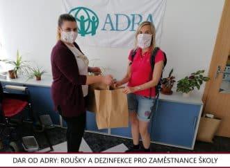 předání daru Adra